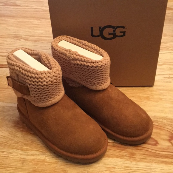 new design first rate great fit Little girls UGGS size 2 NWT!!!!!